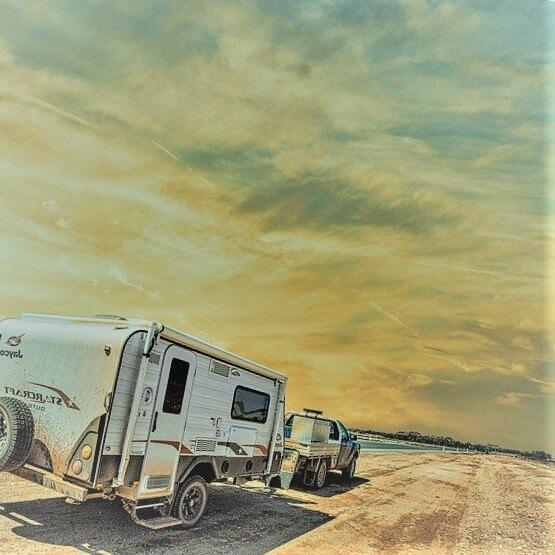 arcon delantero para caravana